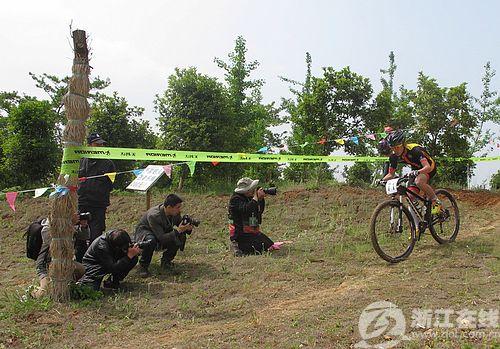 飞奔吧少年 长兴举办第四届山地自行车越野挑战赛
