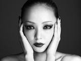 安室奈美惠黑白写真