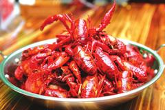 小龙虾成今夏最火产业