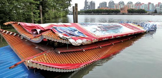 造价300万的温州台阁又沉了 去年打捞费花了12万