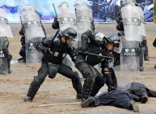 台州市举行反恐维稳演练