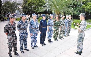 青春有梦励志楷模 浙江首批200名退役士兵大学生毕业