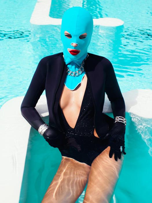"""(原创)脸基尼 PK 比基尼 之""""脸基尼""""进入法国时尚圈 - 六一儿童 - 译海拾蚌"""