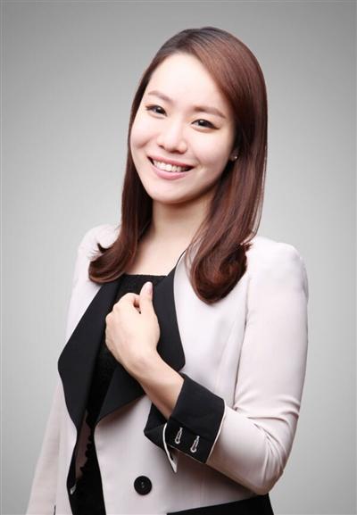 4位韩国美女门店搭配师当报喜鸟顾问着装顶尖i极品美女图片
