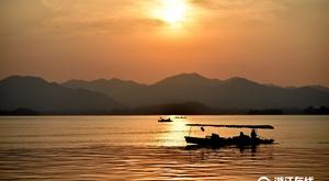 西湖美丽落日