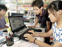 """浙江经济转型升级是""""极好的"""" 代表委员说两化融合:赞"""