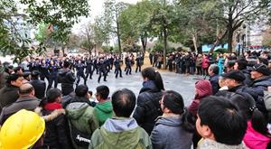 金华警察集体跳小苹果防诈骗