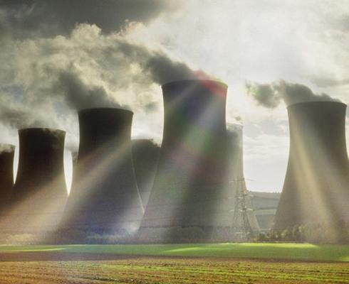 核能: 通过核反应从原子核释放的能量
