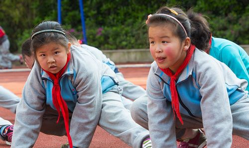 """杭州小学设""""熊猫班"""" 让小胖墩减肥"""