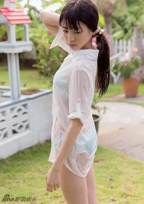 18岁女星志田友美性感写真 秀775cm美腿 文娱