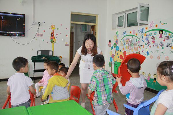 【宁波】学前教育专家赴十四团幼儿园