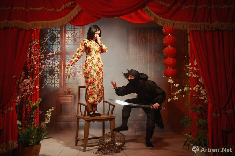 马良《我的移动照相馆》系列2012-马良 一个热情的蠢货卧底在人间