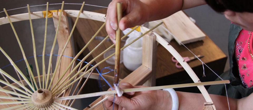 指尖上的非遗――走进泸州分水油纸伞传习基地