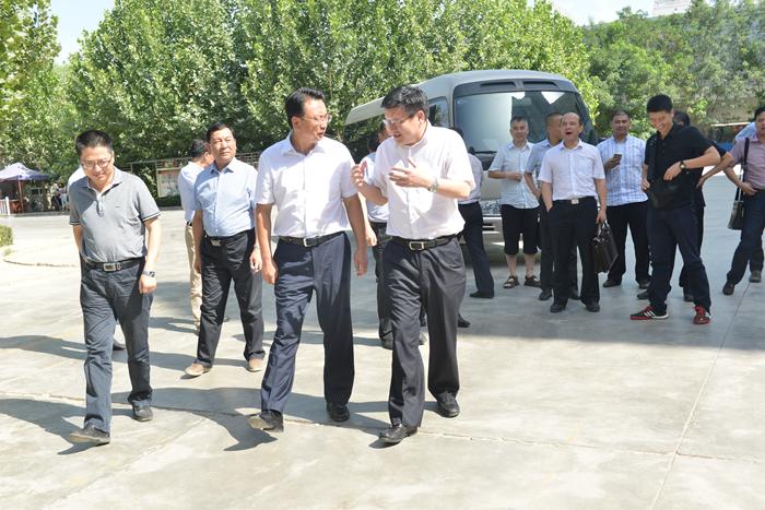 绍兴市委常委 公安局长凌志峰一行来阿图片 568497 700x467