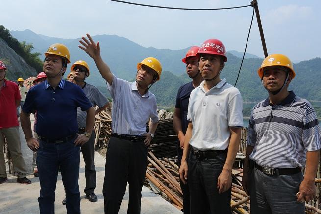 宁波市水利局张拓原局长检查水利安全生产工作