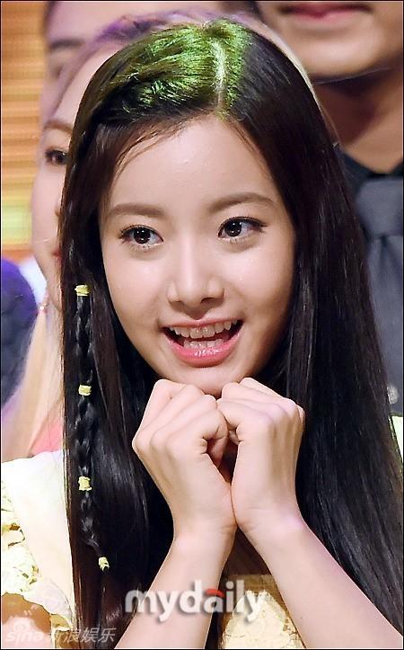 韩高清女团穿体育热舞薄纱裙透视开叉性感美女图片蕾丝韩国性感图片