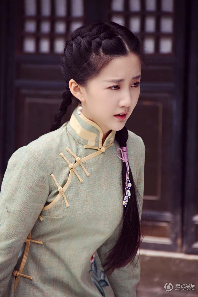 陈欣予《破阵》惊艳 百变洋装诠释年代美
