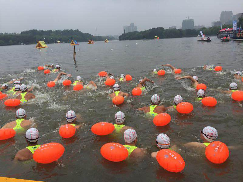 2016中国・嘉兴南湖公开水域游泳邀请赛圆满进行