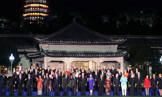 习近平和彭丽媛欢迎出席G20峰会的外方代表团团长及嘉宾