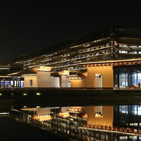 """乌镇互联网国际会展中心的""""白天与黑夜"""""""