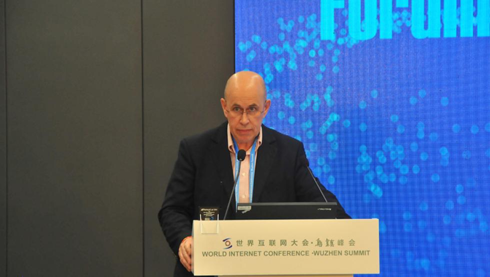 APDLD总经理莱昂尼德·托多罗夫发言