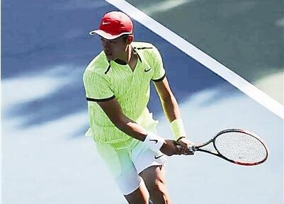 杭二中这位网球小子不走寻常路
