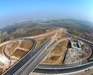 东义公路土建工程提前完成