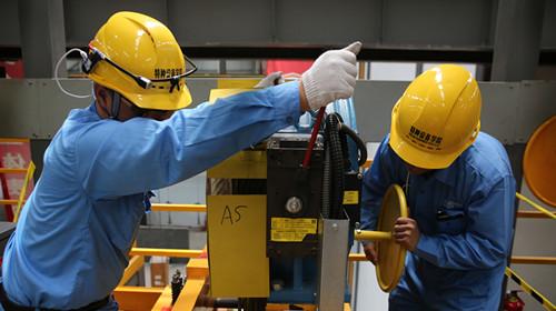 全国数百名电梯维修高手聚杭职院比技能