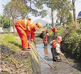 清理沟渠 引入活水
