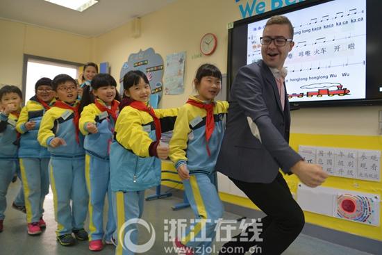上城区中小学招生形势依旧严峻