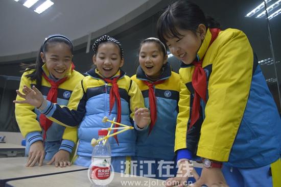 杭州市崇文实验学校 培养学生的九大特质