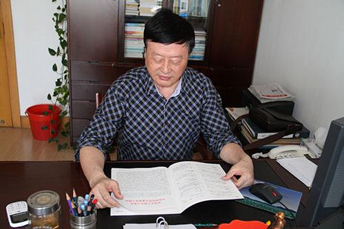 记秀洲区关工委主任吴顺荣