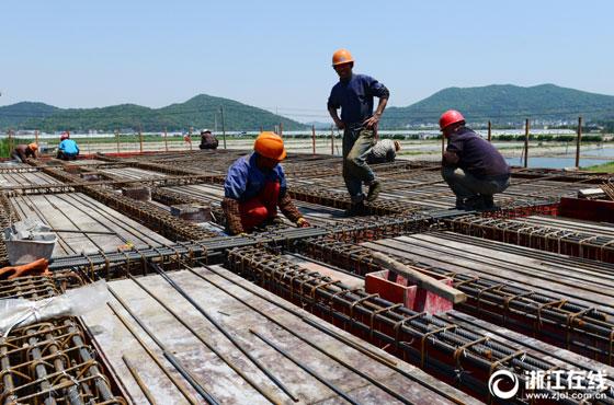 舟山:节日施工为治水