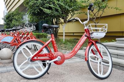 拉风的电动助力小红车来了 滨江最先尝鲜