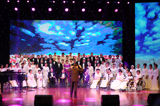 杭州市第八届残疾人艺术汇演在浙江大学举行