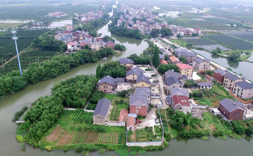 杭州:水质提升 村庄更美
