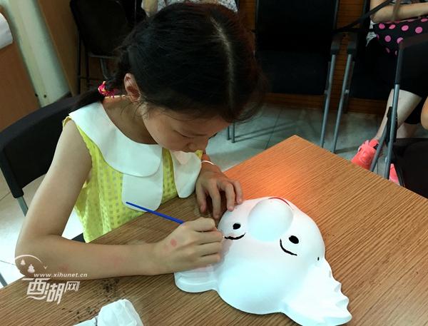 彩绘面具DIY 温馨亲子时光