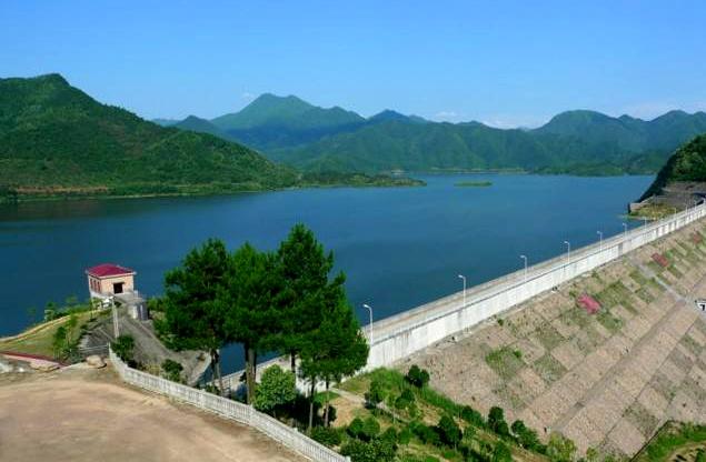 龙游:停产整改消除污染
