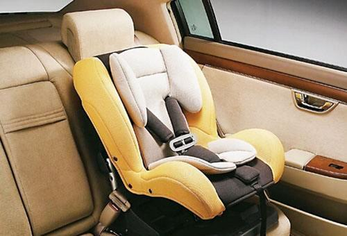 儿童座椅购租数大幅上升 折射交通安全意识提升