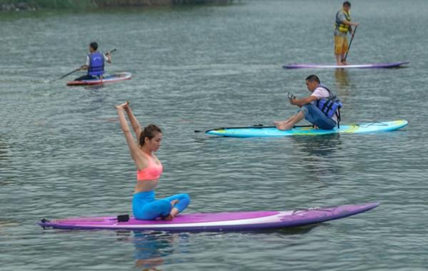 东钱湖首届SUP桨板休闲划体验周举行