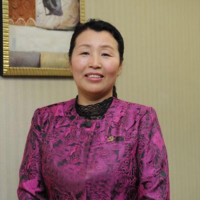 """《榜样》吴亚琴:把居民当成亲人的""""小巷总理"""""""