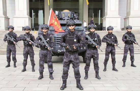 """东阳公安成立""""猎隼突击队"""" 一柄高威慑反恐防暴利剑"""