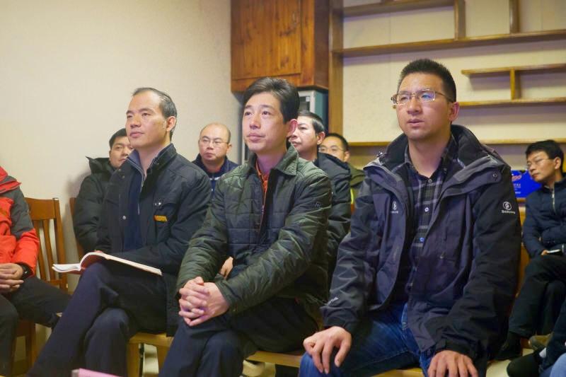 浙江对口援建那曲地区指挥部党委深入学习十九大精神