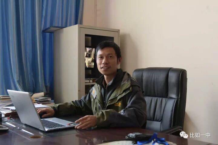 爱心之行带动爱心之士 记绍兴援藏美术老师谢军帅