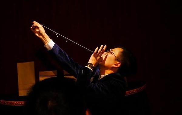 多次登上央视的这位80后魔术师 在宁波办了个魔术小剧场