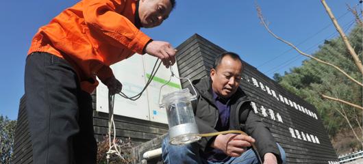 临安:检测污水保达标