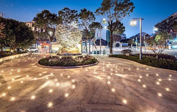 彩虹北路最近变美?宁波鄞州城管街景整治下了大功夫