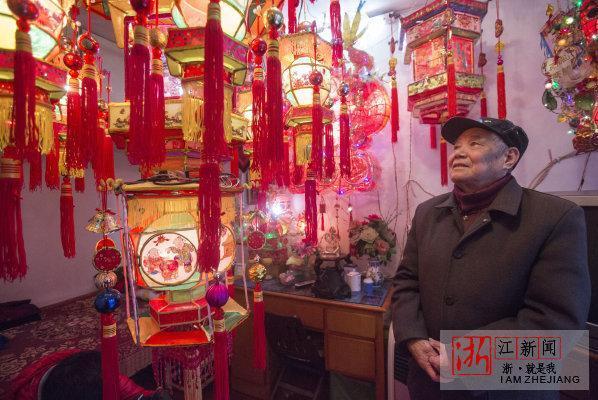 """高手在民间!杭州灯芯巷有位86岁""""花灯爷爷"""""""