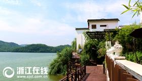 浦江:浦阳江畔看转型 一江清水富两岸