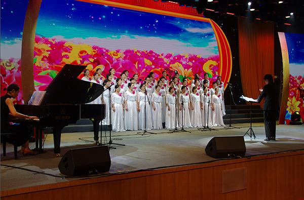 杭州蒋村女子合唱团荣获西湖区第四届群众合唱大赛金奖